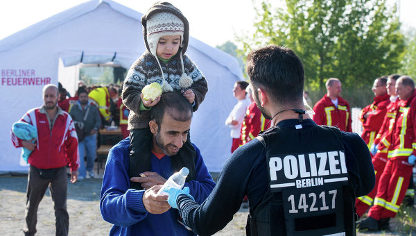 Впожаре влагере беженцев вГермании пострадали 19 человек