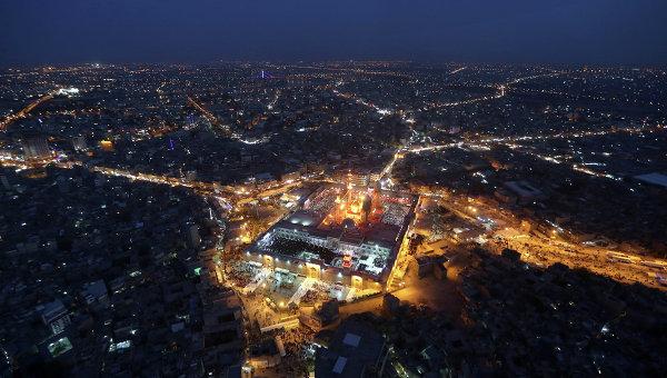 Аэрофотосъемка священного для мусульман храм Муссы аль-Казима в Багдаде, архивное фото