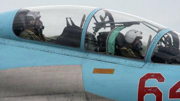 Экипаж истребителя СУ-27 ВВС России