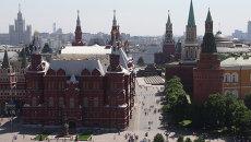 Вид на Государственный исторический музей и Красную площадь, архивное фото