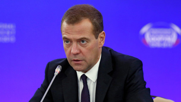 Медведев: порто-франко надо создавать с учетом проекта во Владивостоке