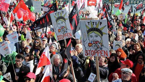 Демонстрация против заключения соглашения о TTIP в Берлине, 10 октября 2015