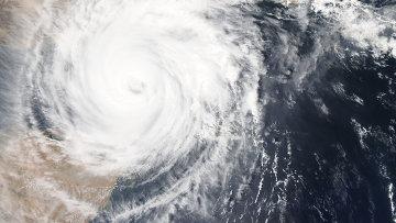 Изображение мощного тропического циклона Чапала сделал спутник НАСА
