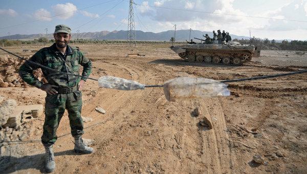 Солдаты Сирийской Арабской Армии . Архивное фото