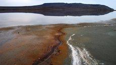 Озеро Кояш и гора Опук в Опукском природном заповеднике Крыма