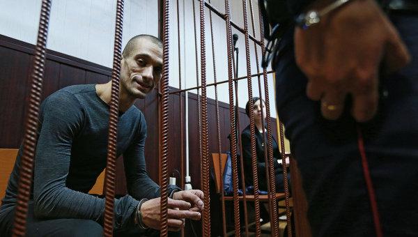 Художник Петр Павленский в суде. Архивное фото