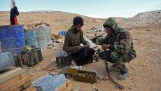 Солдаты Сирийской Арабской Армии (САА) на боевых позициях в районе города Пальмира