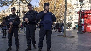 Усиленные наряды полиции на Площади Республики в Париже. Архивное фото