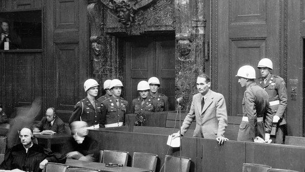 Гесс на скамье подсудимых