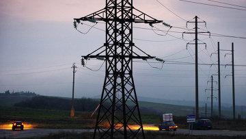 Обесточенные высоковольтные линии электропередачи в Симферополе
