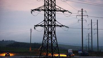 Высоковольтные линии электропередачи в Симферополе. Архивное фото
