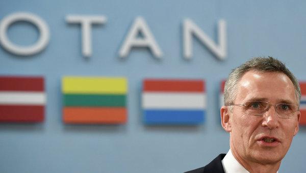 Генеральный секретарь НАТО Йенс Столтенберг на пресс-конференции в штаб-квартире НАТО в Брюсселе. Архивное фото