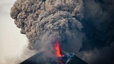 Извержение вулкана Момотомбо в Никарагуа