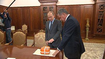 Шойгу показал Путину черный ящик сбитого Турцией российского Су-24