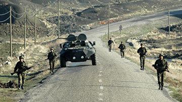 Турецкие военные на границе. Архивное фото