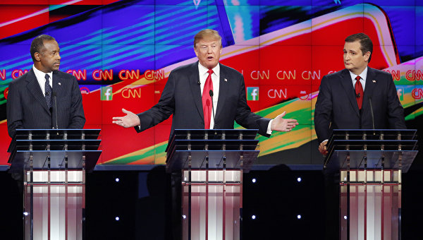 Кандидат в президенты США от Республиканской партии Дональд Трамп во время предвыборных теледебатов на телеканале CNN. 15 декабря 2015
