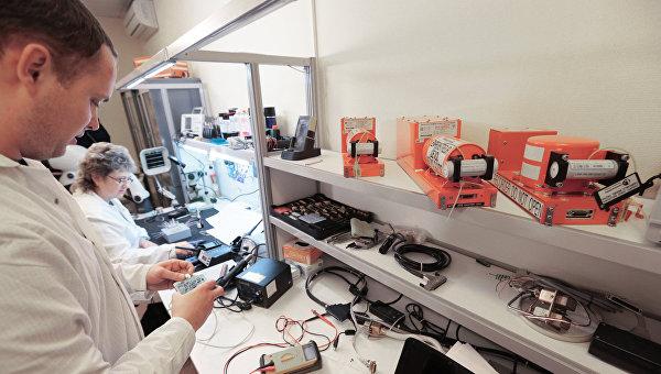 Лаборатория в Международном авиационном комитете, где происходит расшифровка информации с бортовых средств объективного контроля самолета СУ-24М, сбитого 24 ноября 2015 года над Сирией истребителем ВВС Турци