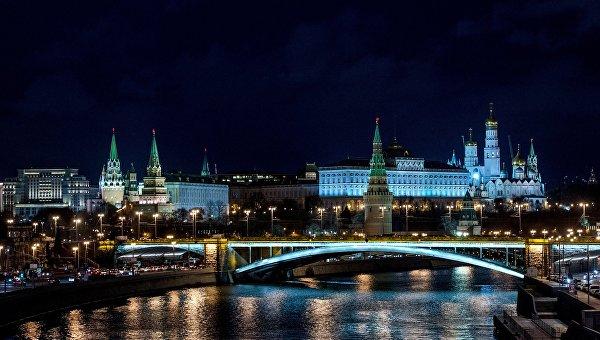 Вид на Московский Кремль с Патриаршего моста