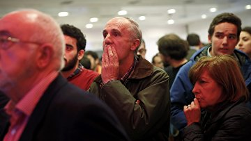 Избиратели в Испании ждут оглашения результатов парламентских выборов