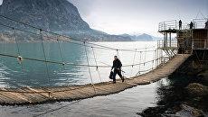 Рыбаки в поселке Новый Свет в Крыму