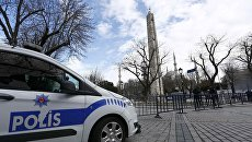 Турецкая полиция на улице Стамбула