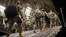 Солдаты армии США покидают военную базу в Ираке