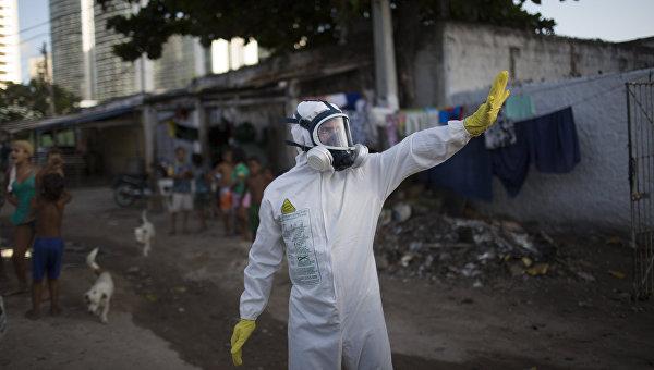 Операции по уничтожению комаров переносчиков вируса Зика в Ресифи