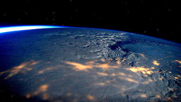 Снежный шторм над восточным побережьем США, снятый с борта МКС