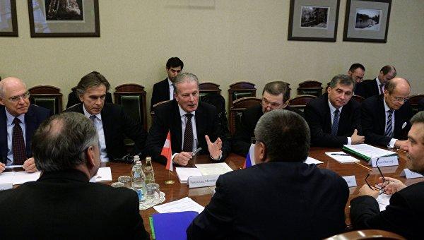 Встреча министра экономического развития РФ А.Улюкаева с вице-канцлером Австрии Р. Миттерленером