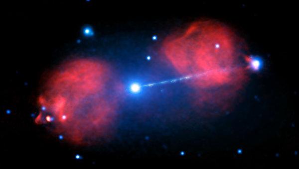 Галактика А в созвездии Живописца и джет ее черной дыры длиной в 300 тысяч световых лет