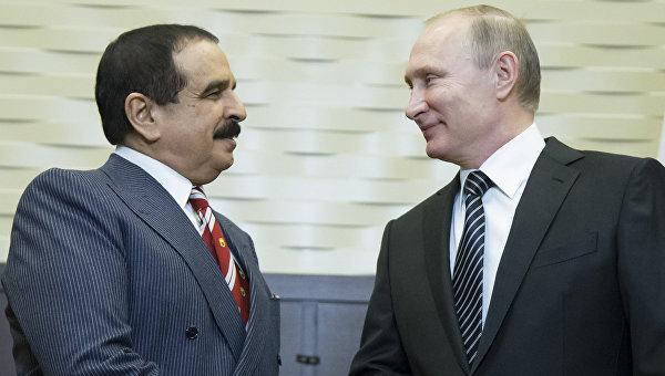 Президент России Владимир Путин во время переговоров с королем Бахрейна Хамадом бен Исой Аль Халифой. Февраль 2016. Архивное фото