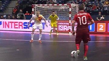 Чудо гол от лучшего игрока мира в мини-футболе