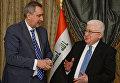 Заместитель председателя правительства Российской Федерации Дмитрий Рогозин и президент Республики Ирак Фуад Масум