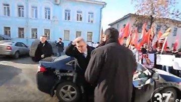 Клоун попытался напасть на Касьянова во Владаимире
