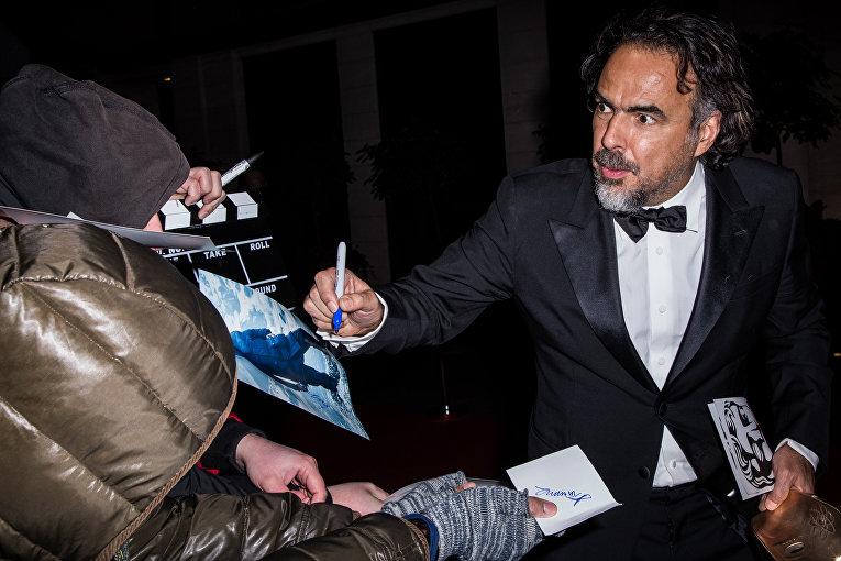 Режиссер Алехандро Гонсалес на церемонии вручения премий Британской академии кино и телевизионных искусств