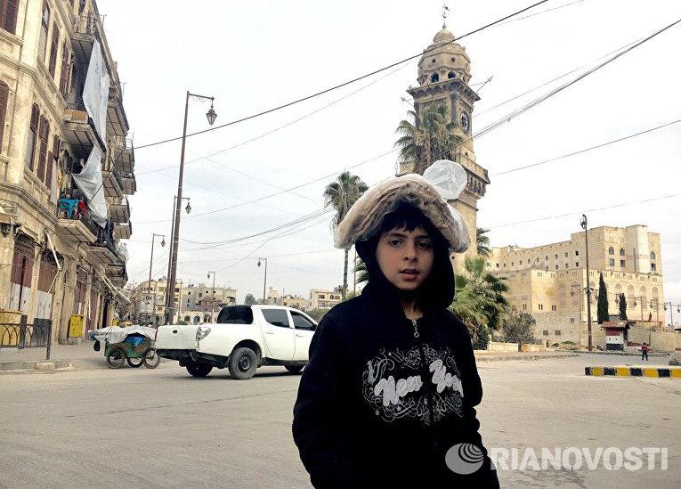 Часовая башня в историческом центре в Алеппо