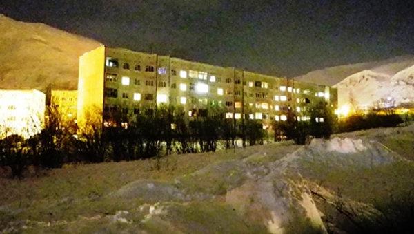 Жилые дома в городе Кировск мурманской области на которые сошла лавина. 19 февраля 2016 год