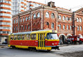 Трамвай на улице Баррикадная в Волгограде