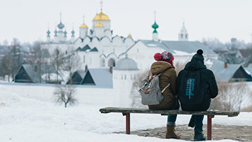 Туристы в Суздале. Архивное фото