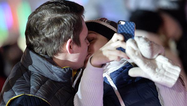 Селфи с поцелуем