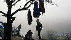 Мигранты в районе деревни Идомени, Греция. Архивное фото
