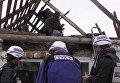 Наблюдатели ОБСЕ осмотрели разрушенные обстрелами дома в Николаевке