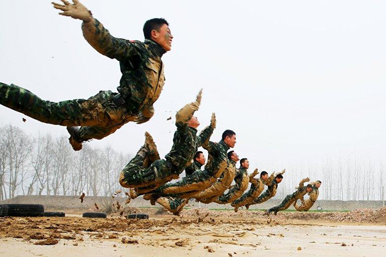 Тренировка в Сучжоу, провинция Аньхой, Китай