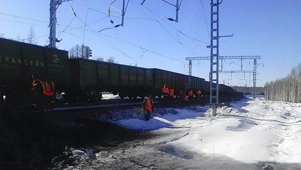 Работы на месте сходов вагонов на перегоне Талдан – Гудачи в Амурской области