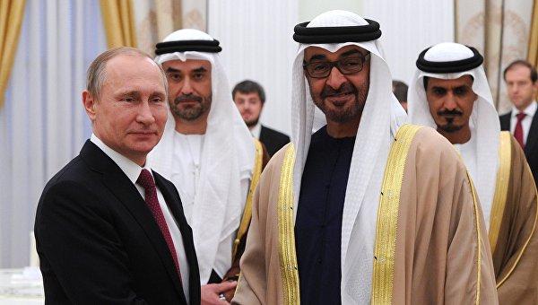 Президент России Владимир Путин и наследный принц Абу-Даби Мухаммед Бен Заид Аль Нахайян во время встречи в Кремле