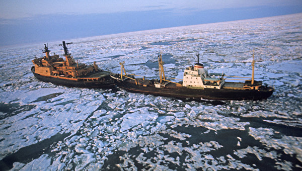 Ледокол Арктика в море Лаптевых. Архивное фото