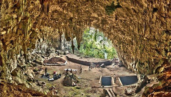 Пещера Лянг-Буа, где были найдены останки хоббитов в 2003 году