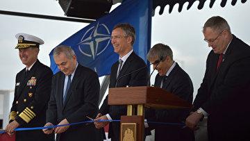 La cerimonia di apertura del complesso di difesa missilistica degli Stati Uniti Aegis a terra sulla base militare romena in Deveselu.  foto d'archivio.