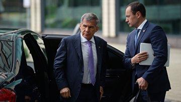 Президент Республики Татарстан Рустам Минниханов прибыл для участия в Деловом форуме Россия — АСЕАН в Сочи