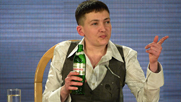 Украинская военнослужащая Надежда Савченко на пресс-конференции в Киеве